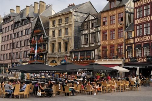 rouen-en-terrasse-philippe-deneufve-jpg